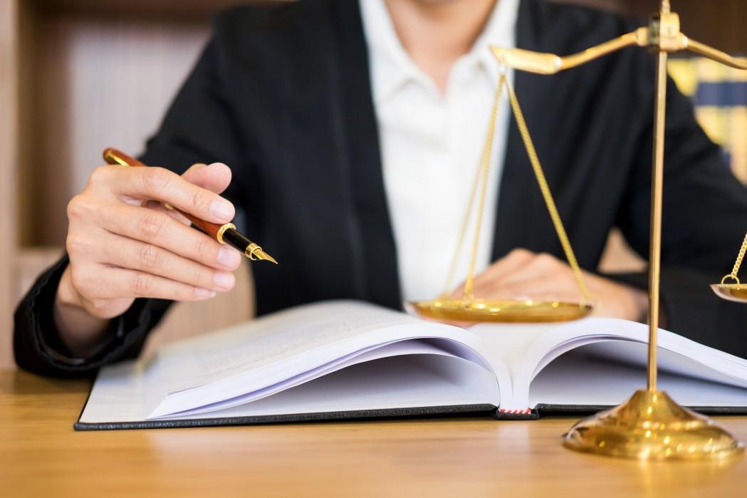 avocat spécialisé faillites